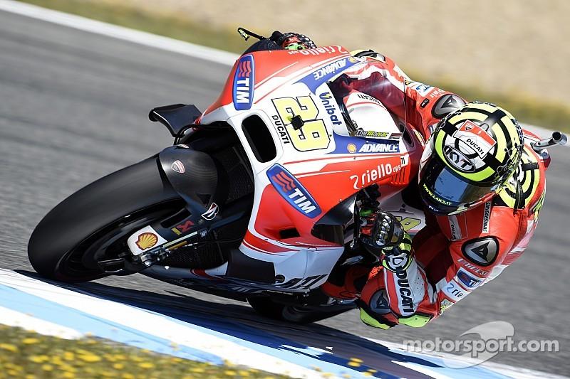 Essais Ducati - Du mieux sur la moto, une blessure pour Iannone
