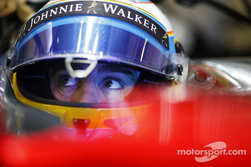 "Fernando Alonso alfineta Ferrari: ""Nada mudou na performance"""