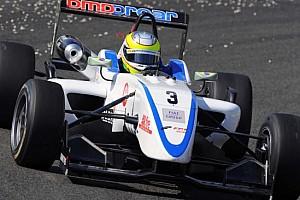 F3 Ultime notizie Cesar Ramos il più veloce di tutti sull'umido