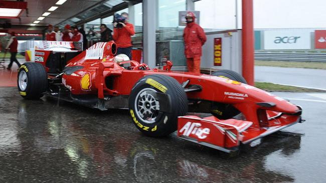 Il debutto di Rigon sulla Ferrari slitta per pioggia