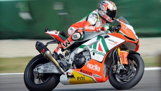 Biaggi si prende la Superpole di forza a Monza!