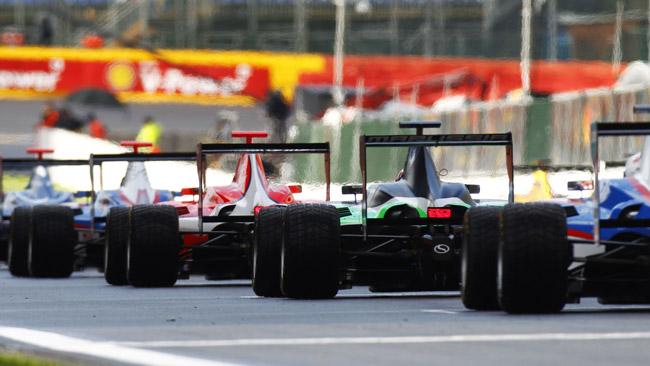 La GP3 elimina l'obbligo di schierare tre vetture