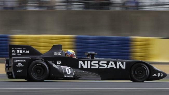 Comincia alla grande la Nissan DeltaWing a Le Mans