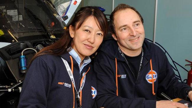Rostan sbatte con la Lola della Gulf Racing