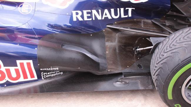 La Red Bull RB8 rivoluziona il retrotreno