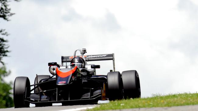 Brands Hatch, Gara 2: Raimondo torna a vincere