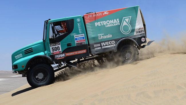 Dakar, 6° Tappa: De Rooy vince la quarta speciale