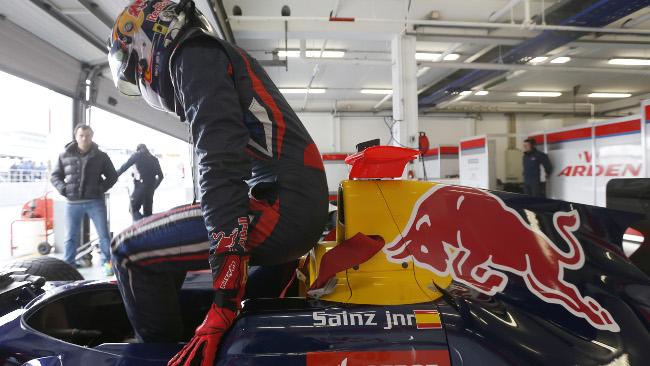 Sainz si ripete nel secondo giorno di test a Estoril
