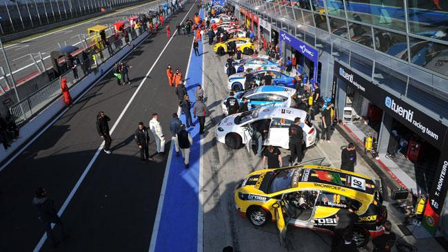 Ben 25 vetture attese in griglia a Monza!