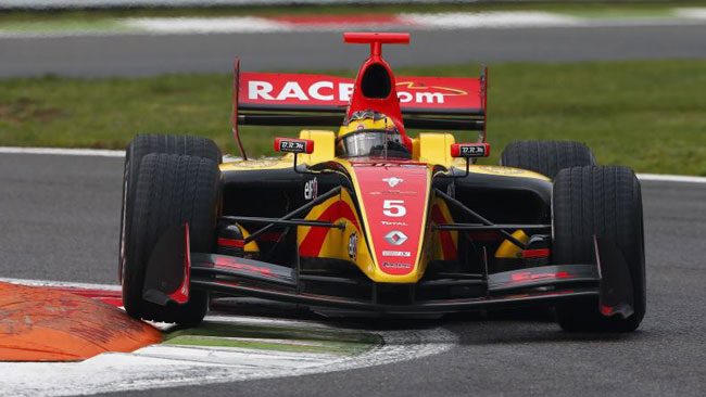 Debutto vincente per Vandoorne in gara 1 a Monza
