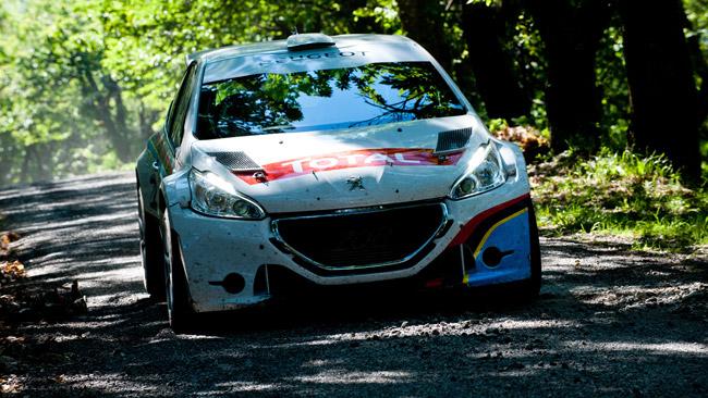 La Peugeot 208 T16 apripista all'Ypres Rally