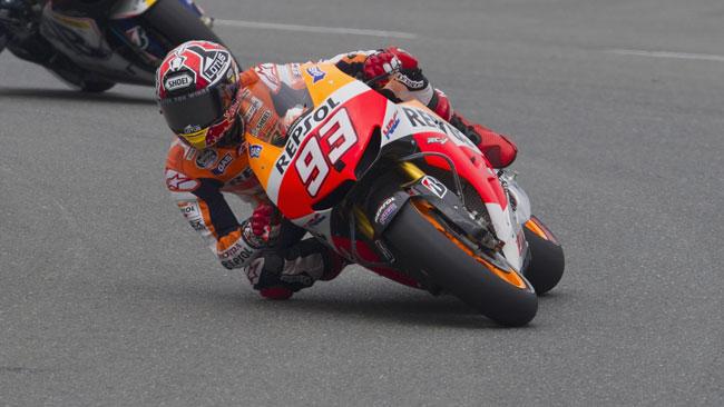 Sachsenring, Libere 3: Marquez vola, Pedrosa cade