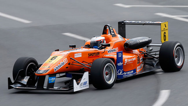 Rosenqvist prosegue la sua rimonta in gara 3