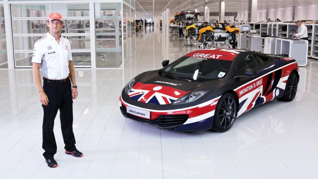 Button tiene a battesimo la McLaren 12C GREAT