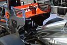 La McLaren cerca il massimo carico sull'ala posteriore