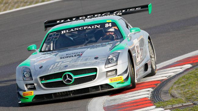 Gotz piazza la Mercedes in pole position al Nurburgring