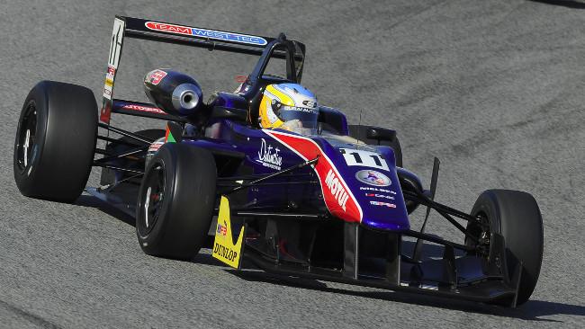 Pole position per Jones a Barcellona, Stuvik solo 8°