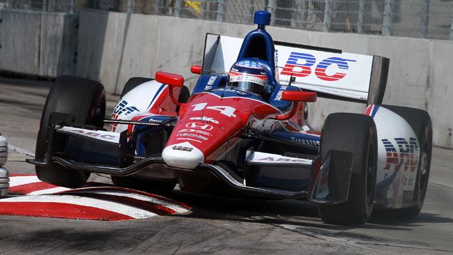 Takuma Sato rinnova con la AJ Foyt Racing