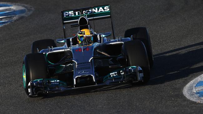 Test Jerez, Day 1: il primo riferimento è di Hamilton