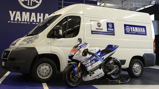 C'è Fiat Professional sponsor sulla Yamaha YZR-M1