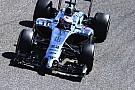 McLaren: un problema al motore blocca Button