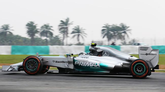 Sepang, Libere 3: Nico porta due Mercedes in fuga