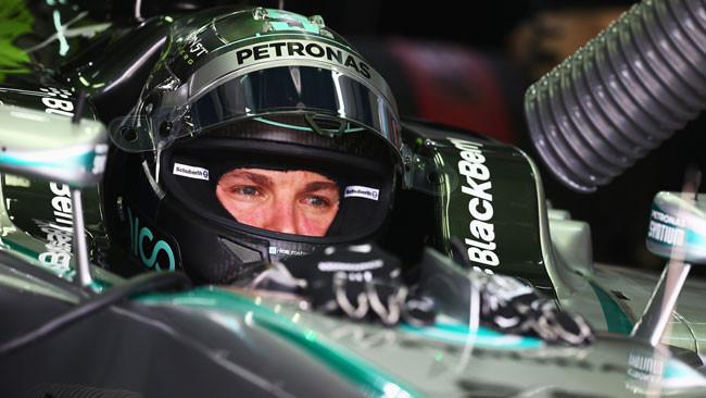 Sepang, Qualifica 1: sul bagnato solo Mercedes