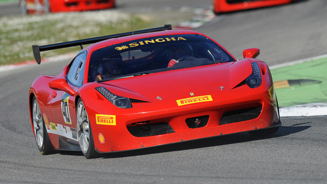 Il Ferrari Challenge Europa prende il via a Monza