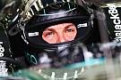Rosberg se la cava solo con una reprimenda