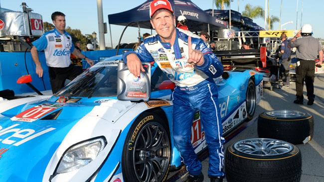 Pruett mette in pole la Ganassi Racing a Long Beach