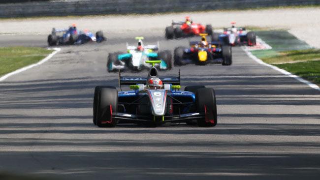 Luca Ghiotto sfiora il suo primo podio a Monza