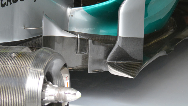 Mercedes: c'è una soffiatura nelle bargeboard
