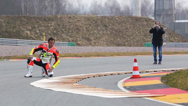 La curva 11 del Sachsenring resta com'è nel 2014
