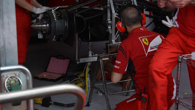 Ferrari: sotto analisi la flessione del T-tray