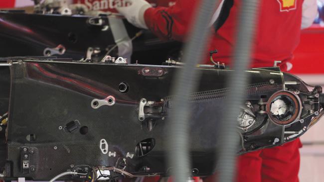 Ferrari: il serbatoio dell'olio nascosto nel cambio!