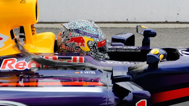 Vettel e lo spoilerino che è apparso sul casco