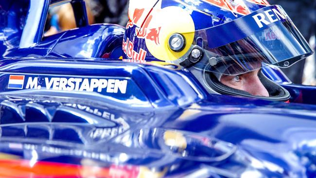 Verstappen ha la Superlicenza: gira a Suzuka!