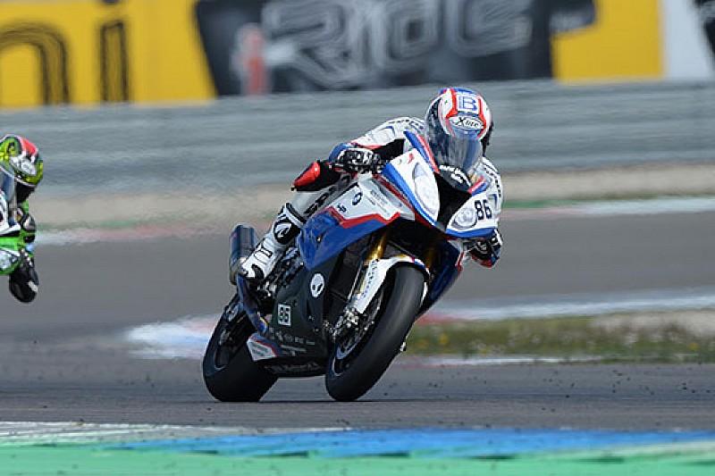Ayrton Badovini porta la BMW a punti ad Assen