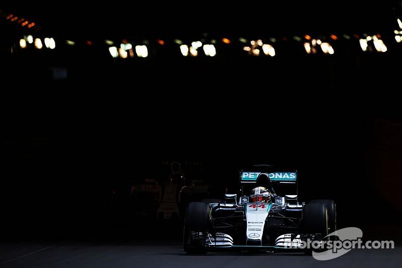 Soberano, Hamilton é o mais rápido e vê Rosberg em nono, Massa é o décimo