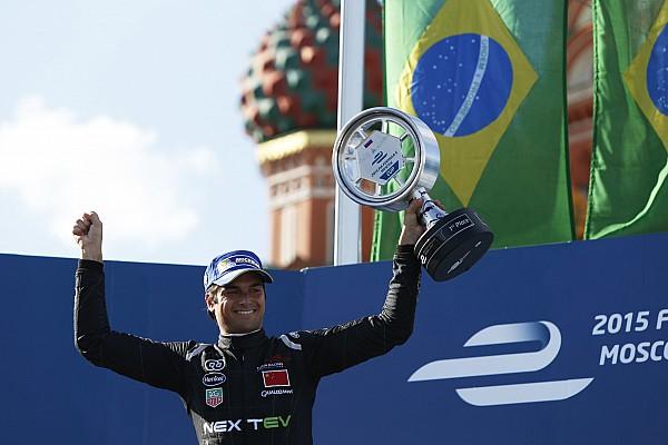 Piquet extiende su liderazgo con un triunfo en Moscú