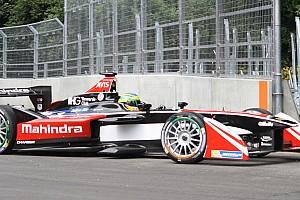 Formule E Actualités Senna a gagné le droit d'utiliser la carte de crédit de Nelson Piquet!