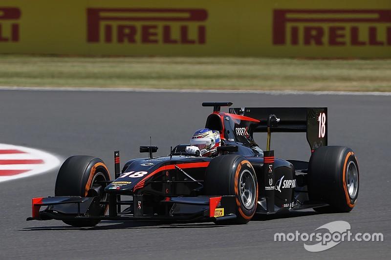 Sirotkin quebra sequência de poles de Vandoorne e larga na frente em Silverstone