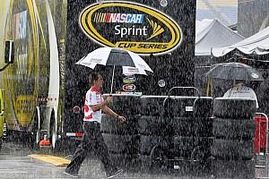 NASCAR Cup Reporte de calificación La lluvia cancela las clasificaciones de la Copa y la Xfinity en Kentucky