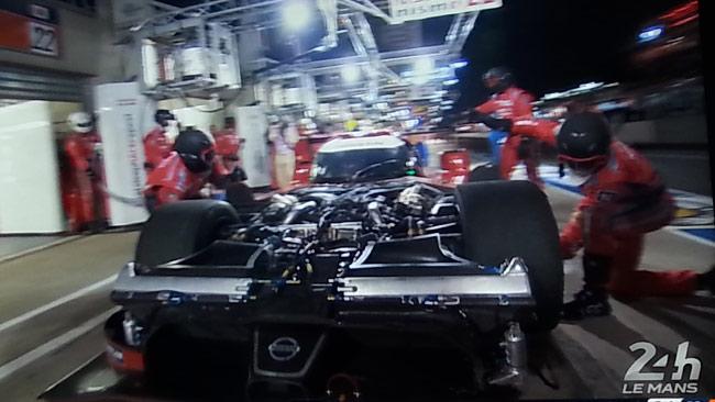 Le Mans, 10° ora: Nissan ancora in difficoltà
