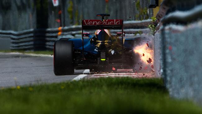 Grosjean: quando si dice... sfiorare le barriere!