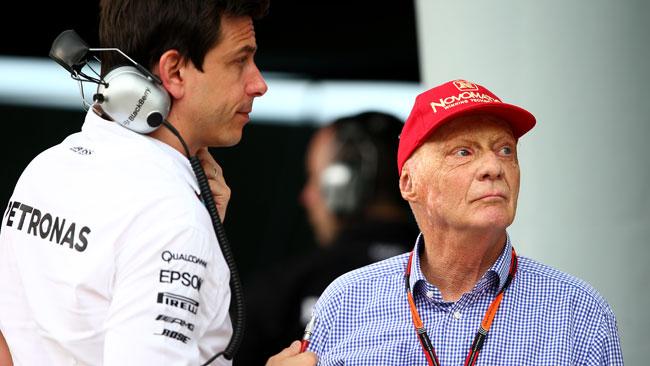 """Wolff: """"Non possiamo che scusarci con Lewis"""""""