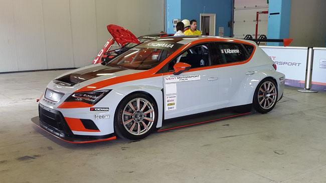 "Seat Motorsport Italia lancia una Leon Cup Racer ""Evo"""
