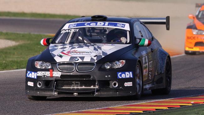 Bacci trionfa in gara 1 a Monza