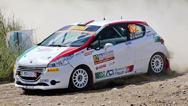 Il team Romeo Ferraris al via del Rally di Finlandia