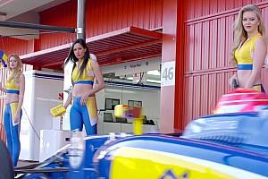 Formule 1 Actualités Sauber la joue sexy avec un pitstop/car wash!